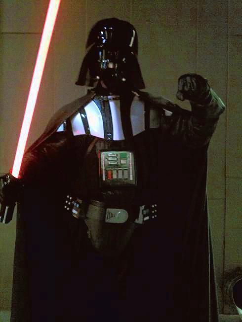 darth_vader_red_lightsaber_pose_1.jpg